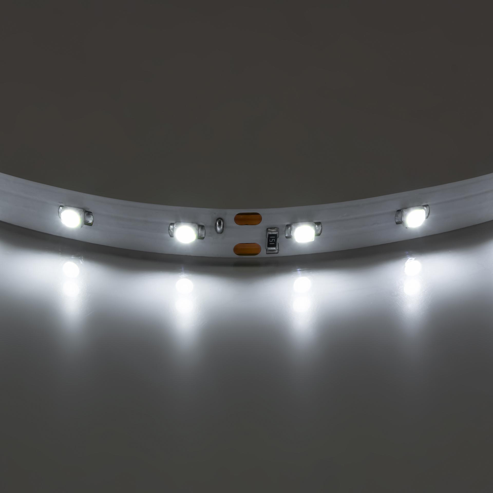 Лента 3528 LED 12V 4.8W 4200K-4500K 200m нейтральный белый свет Lightstar 400004, купить в СПб, Москве, с доставкой, Санкт-Петербург, интернет-магазин люстр и светильников Starlight, фото в жизни