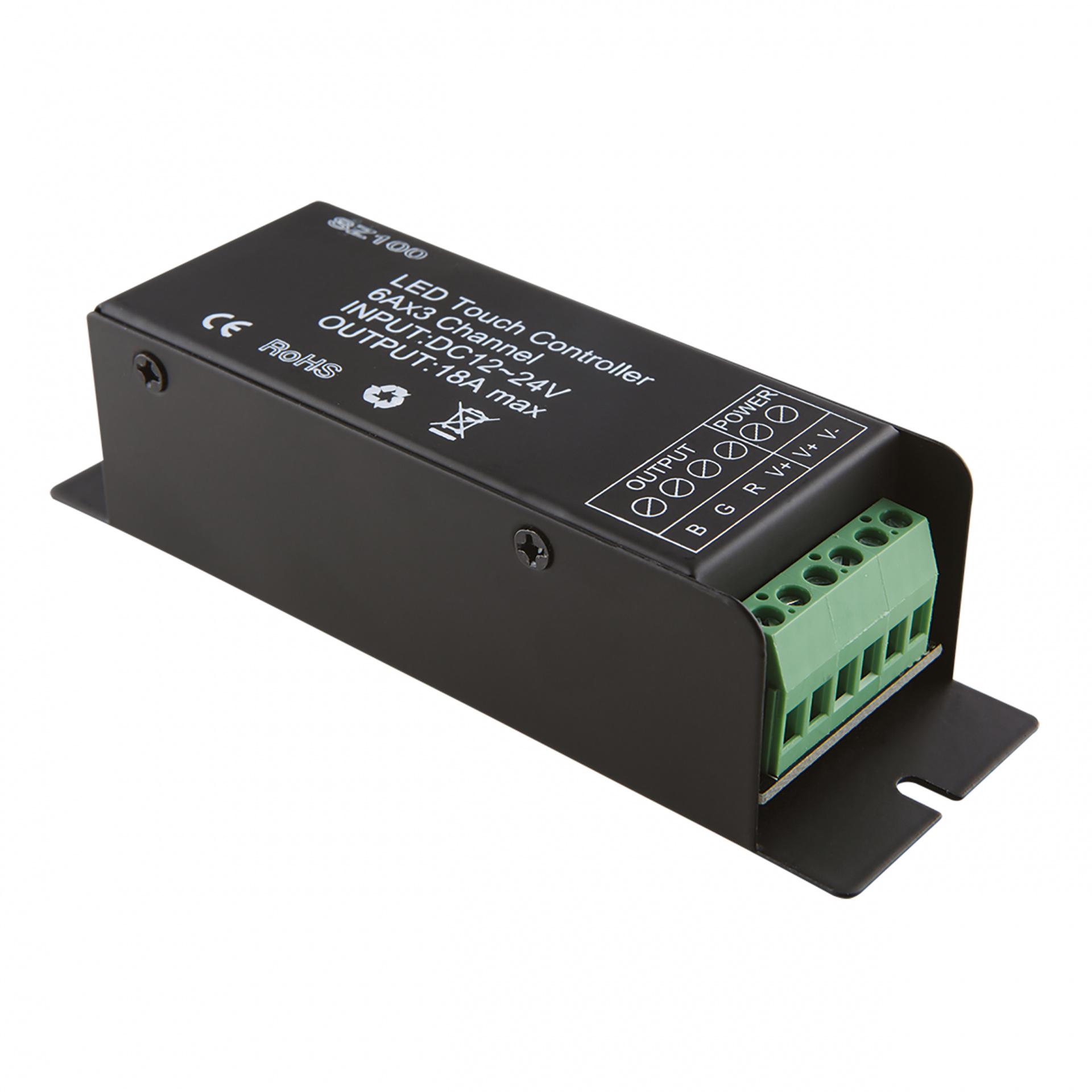 Контроллер RC LED RGB 12V/24V max 6A*3CH Lightstar 410806, купить в СПб, Москве, с доставкой, Санкт-Петербург, интернет-магазин люстр и светильников Starlight, фото в жизни