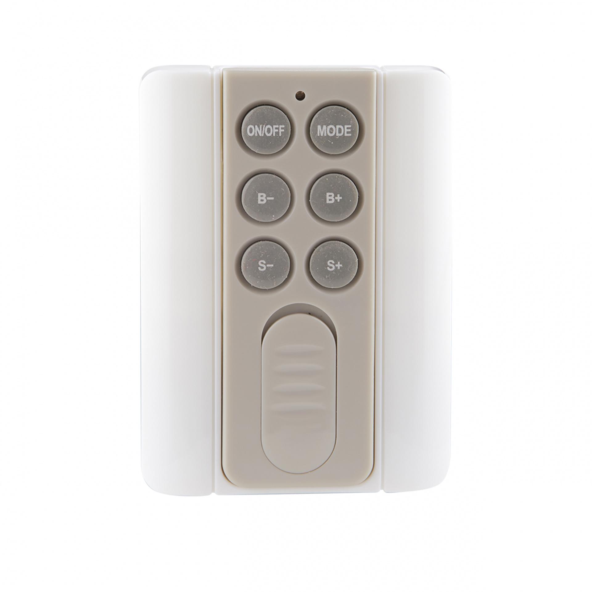 Контроллер Master Wi-Fi + RC LED RGB 12V/24V max 4A*3CH Lightstar 410904, купить в СПб, Москве, с доставкой, Санкт-Петербург, интернет-магазин люстр и светильников Starlight, фото в жизни
