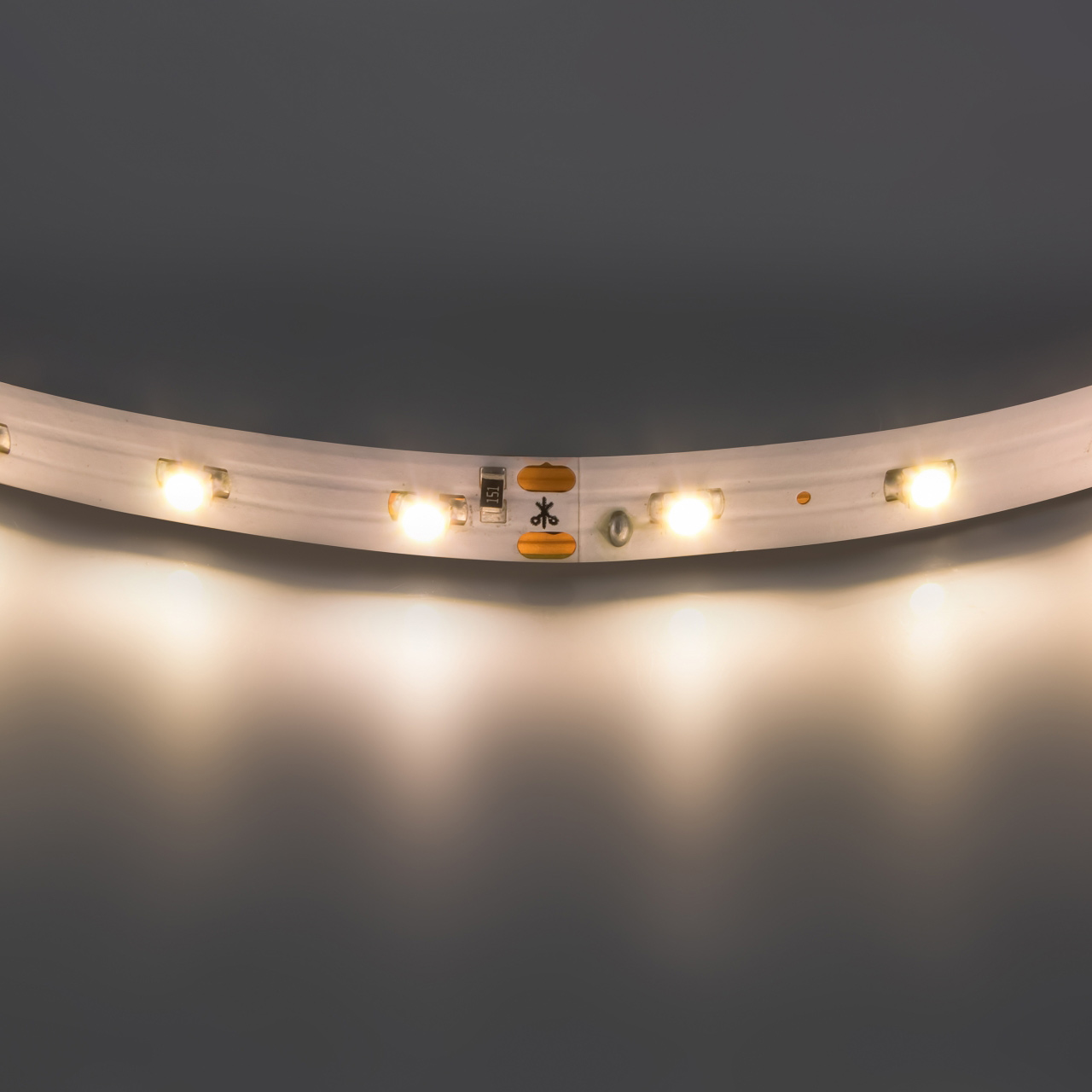 Лента 3528 LED 12V 4.8W 2700K-3000K 200m теплый белый свет Lightstar 400002